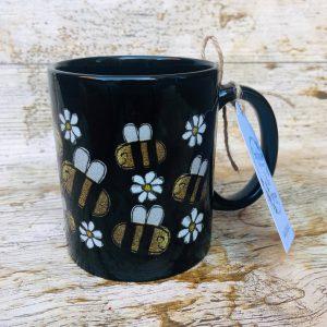 black bee mug